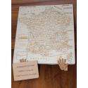 Puzzle France artisanal en bois  - <p>Composé de 90 pièces, sur chacune d'entre elles, on retrouve:</p> <p>· Le n° du département</p> <p>· Le nom de ce département</p> <p>· Sa préfecture (ou chef lieu pour les « anciens »)</p> <p>Il est conçu de manière à ce que n'importe qui, de 7 à … 700 ans, puisse, avec l'aide d'un dictionnaire, agenda, …, refaire celui ci dans sa totalité (à partir du moment où l'on peut reconnaître les chiffres ou en sachant lire)</p>
