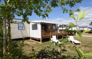 Petunia - Mobil-home 8 personnes 4 chambres entièrement équipé avec TV grande terrasse entièrement couverte sur une parcelle de 200m²