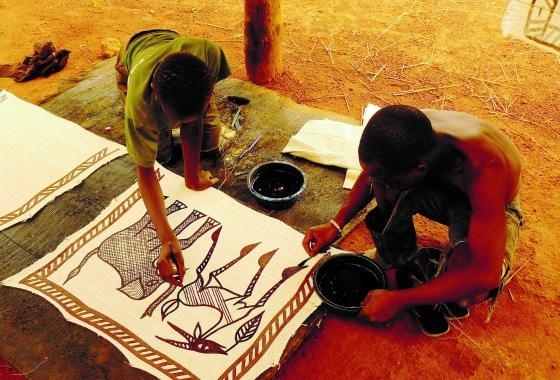 Côte d'Ivoire la peinture des tentures sénoufo